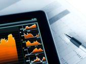 Anleger sollten sich 2013 besser um ihr Geld kümmern
