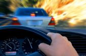 Fahrer sind nach Unfallflucht regresspflichtig