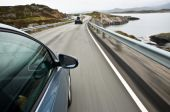Im Urlaub auf eine gute Mietwagenversicherung achten