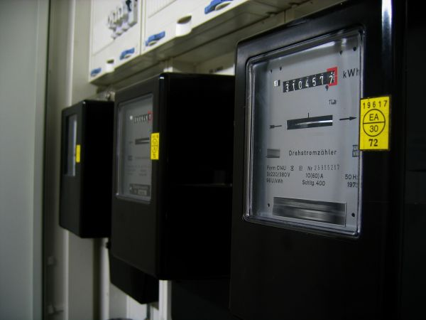 Bei Strom und Gas von der reduzierten Mehrwertsteuer profitieren!