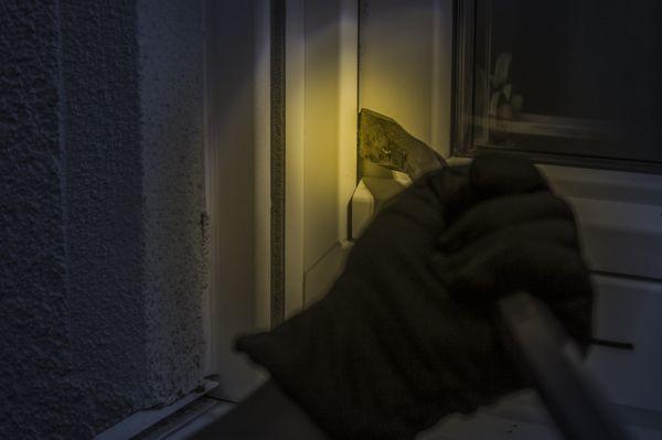 Im Schutz der Dunkelheit
